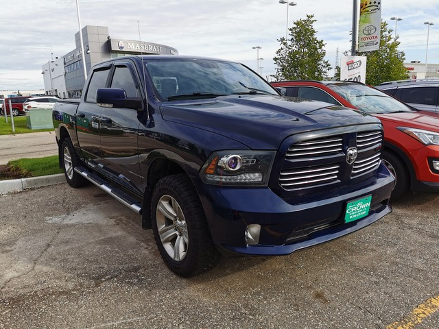 Pre-Owned 2013 Ram 1500 4WD Crew Cab Sport / Clean Carproof / Highway Kms / Great Value