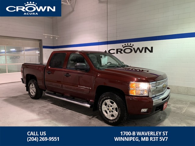 Pre-Owned 2009 Chevrolet Silverado 1500 LT Crew Cab 4X4 ** Low Kms ** Tonneu Cover ** Box Liner **