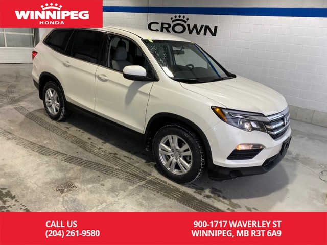 Pre-Owned 2016 Honda Pilot LX / AWD / Bluetooth / Heated seats / 8 passenger / Rear view camera