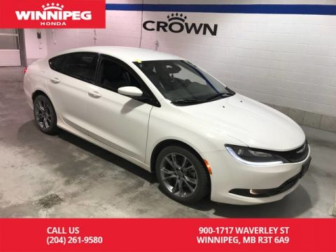 Pre-Owned 2015 Chrysler 200 S/FWD/Bluetooth/Rear view camera/Leather trimmed seats