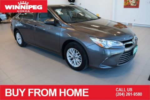 Pre-Owned 2017 Toyota Camry LE / Heated seats / Rear view camera / Lease return