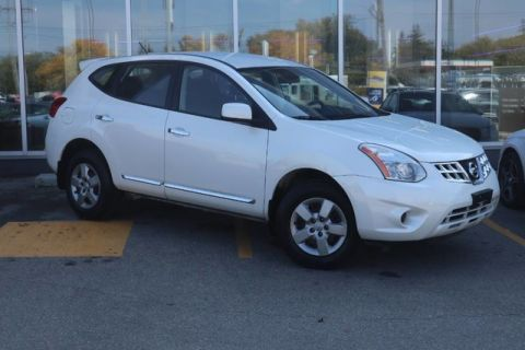 Pre-Owned 2012 Nissan Rogue S **One Owner**